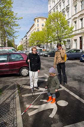 Mobilitätstraining für ein 3-jähriges Kind