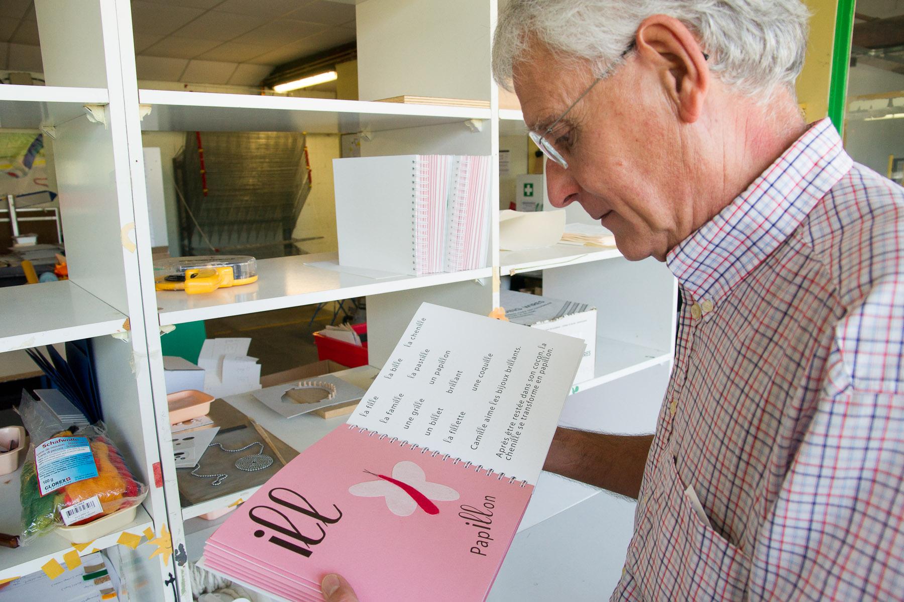 Philippe Claudet mit Buch