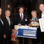 Beim Festakt: Übergabe des Kroschke-Förderpreises an Anderes Sehen e.V.