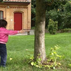 Klicksonar Übung mit kleinem Kind
